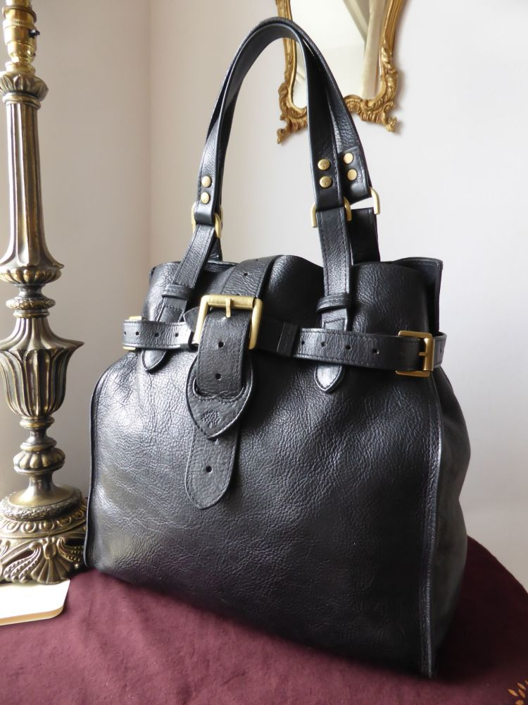 b2958ffbc8e1 Mulberry Elgin in Black Darwin Leather - SOLD