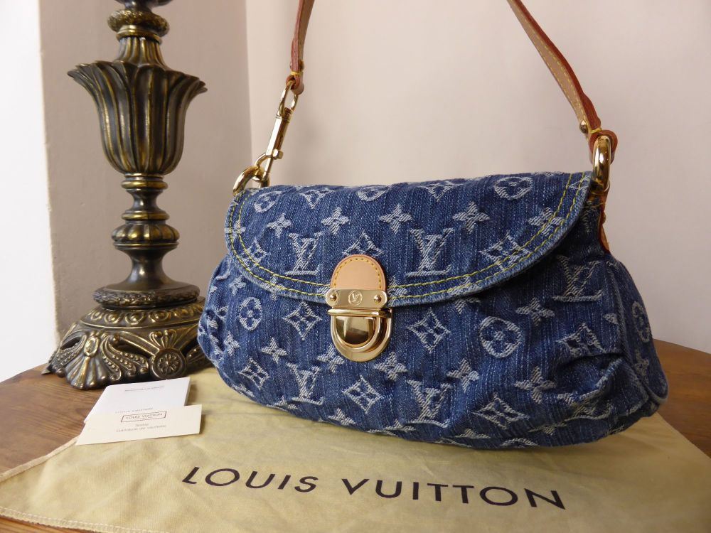 Louis Vuitton Denim Pleaty Pochette - As New*