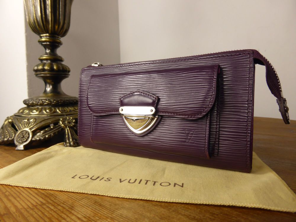 Louis Vuitton Astrid Wallet in Epi Cassis