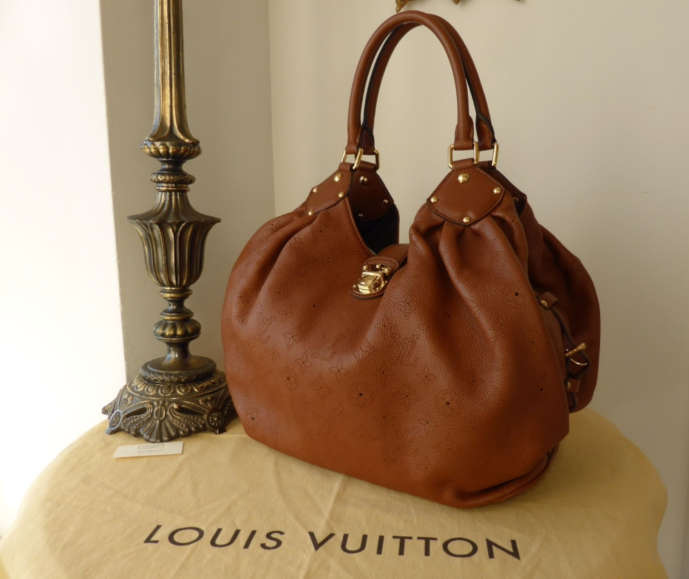 Louis Vuitton Mahina L in Cognac