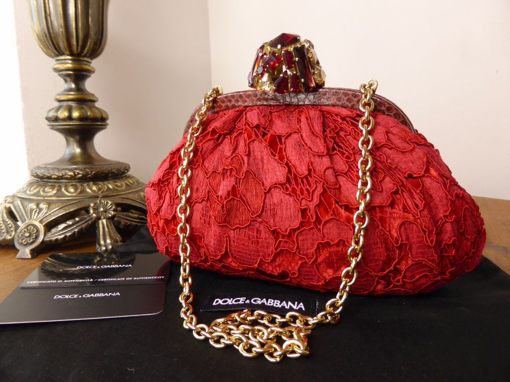 Dolce & Gabbana Dea Jewelled Clasp Shoulder Clutch in Red Pizzo