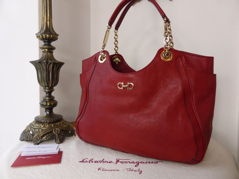 Salvatore Ferragamo Gancini Betulla Shoulder Bag in Amaranto Grainy Buffalo