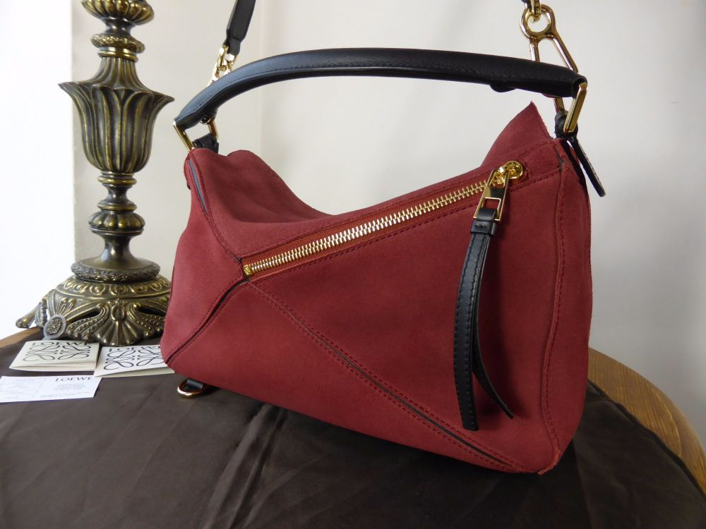 LOEWE Puzzle (Smaller Sized) in Burgundy Suede
