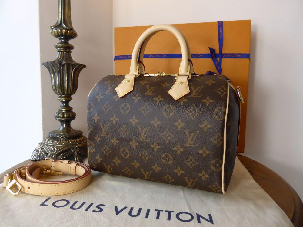 Louis Vuitton Speedy Bandouliere 25 in Monogram - New