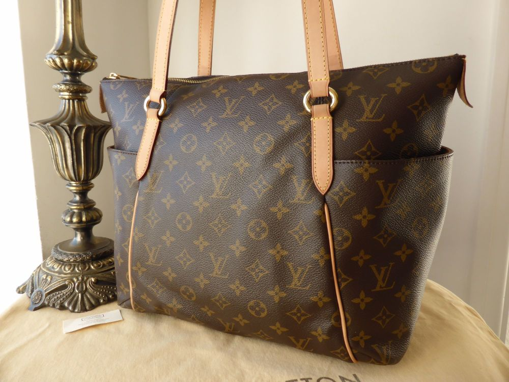 Louis Vuitton Totally MM in Monogram