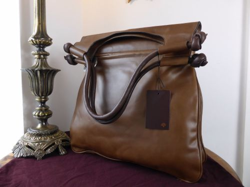043085217c Mulberry Leigh Saddle Bag in Mink and Chocolate Smooth Matte Leather - New