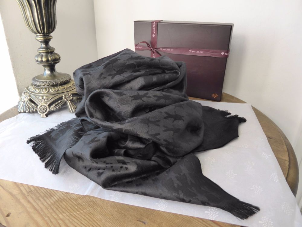 Mulberry Bunny Jacquard Rectangular Scarf Wrap in Black Silk