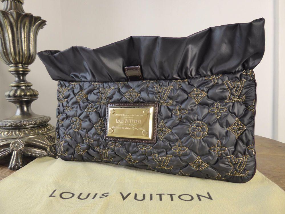 Louis Vuitton Devi MM Clutch Pochette Noir