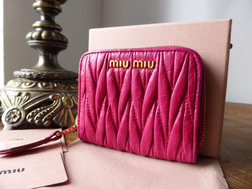 Miu Miu Compact Zip Around Coin Purse Card Wallet in Fuschia Matelasse Lux