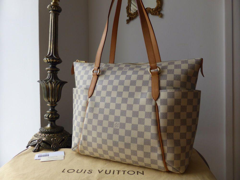 Louis Vuitton Totally MM in Damier Azur