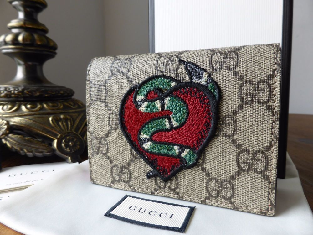 Gucci Limited Edition GG Supreme Monogram Snake Heart Card Case - New