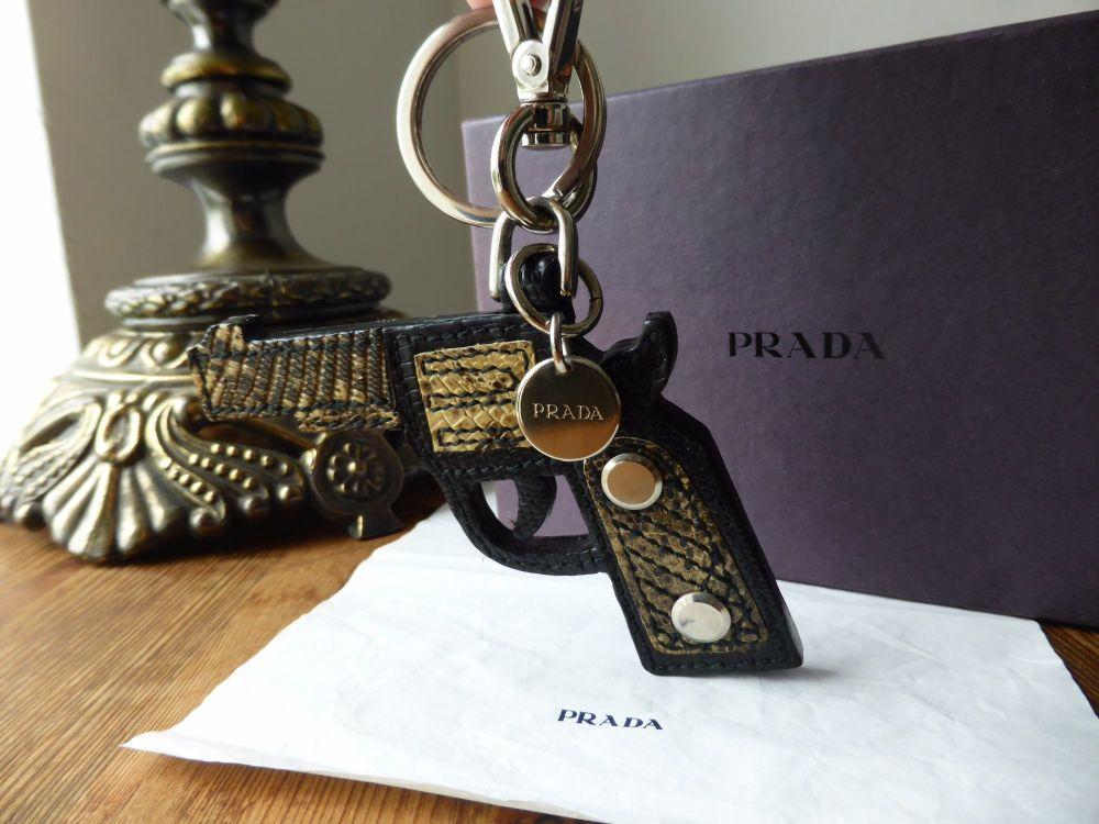 Prada Gun Key Chain Bag Charm Portachiavi in Nero Roccia Lizard Printed Saf