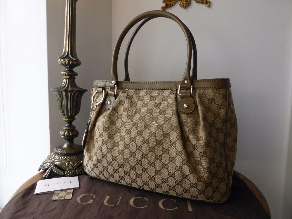 Gucci Sukey Medium Tote in Ebony Beige GG Monogram and Olive Calfskin