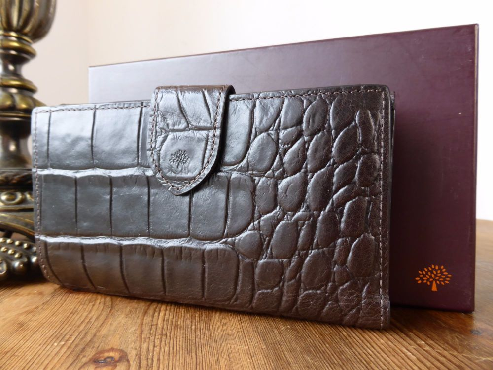 0b220976bd Mulberry Continental Bifold Wallet in Chocolate Printed Vegetable Tanned Le