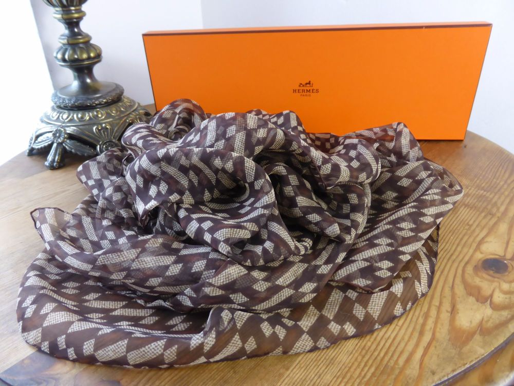 Hermés H Mousseline Changeant Marron Cacao Chiffon Silk Scarf Wrap- As New