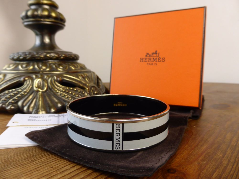 Hermés Printed Enamel Lignes et Rythmes Enamel Bracelet GM in Grey and Blac