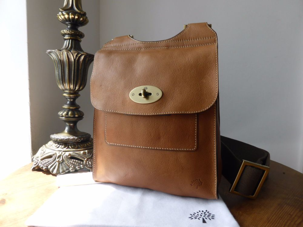 4893dedb98 Mulberry Antony Messenger in Oak Natural Leather - SOLD