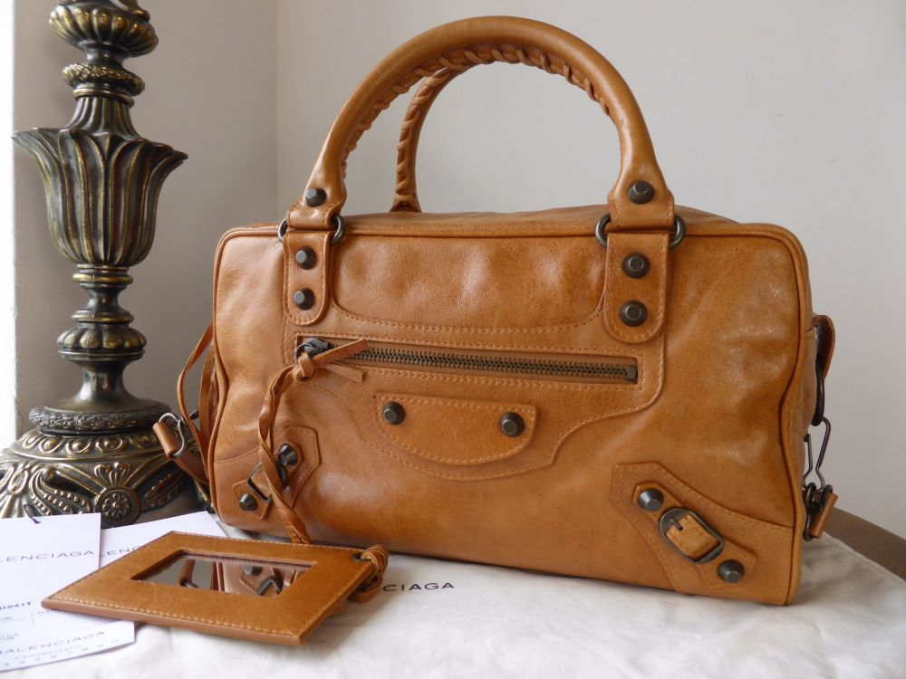 Balenciaga Classic Box Bag in Caramel Chevre