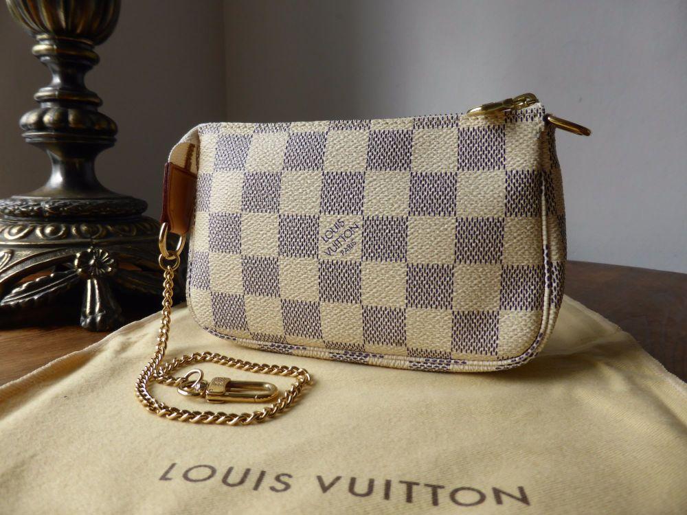 Louis Vuitton Mini Pochette Accessoires in Dameier Azur