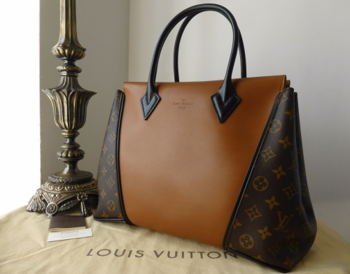 Louis Vuitton W in Noisette Cuir Orfevre - As New*
