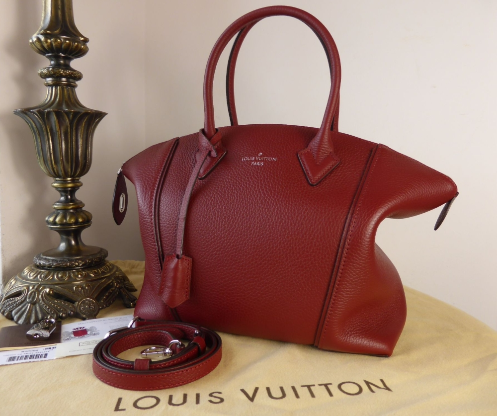 Louis Vuitton Lockit PM in Griotte Taurillon - As New