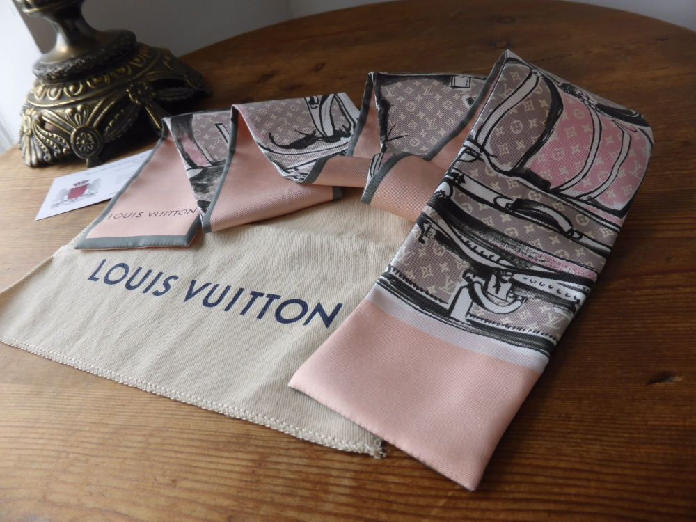 Louis Vuitton Bandeau Trunks in Rose Poudre