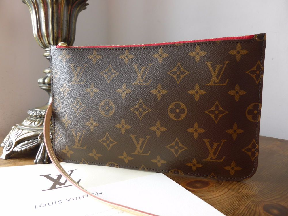 Louis Vuitton Zip Pochette Pouch Wrislet from Neverfull MM