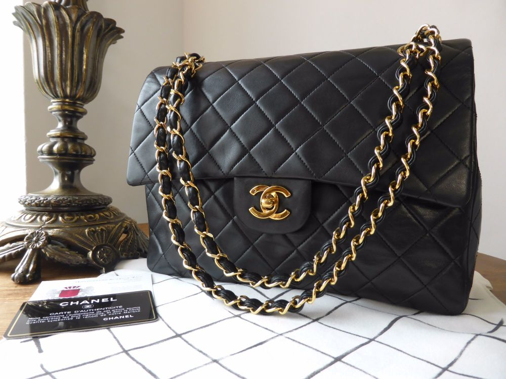 50f0d4bb433e Chanel Vintage Medium Square Classic 2.55 Double Flap Bag in Black Lambskin