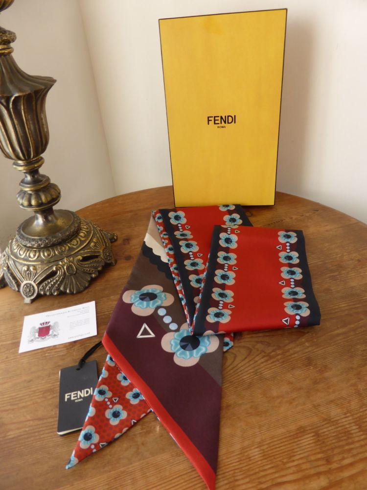 Fendi Flowers Maxi Wrappy Scarf Bandeau in Red Silk - New