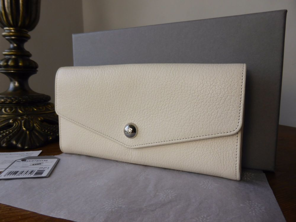 Mulberry Dome Rivet Continental Purse in Cream Glossy Goat