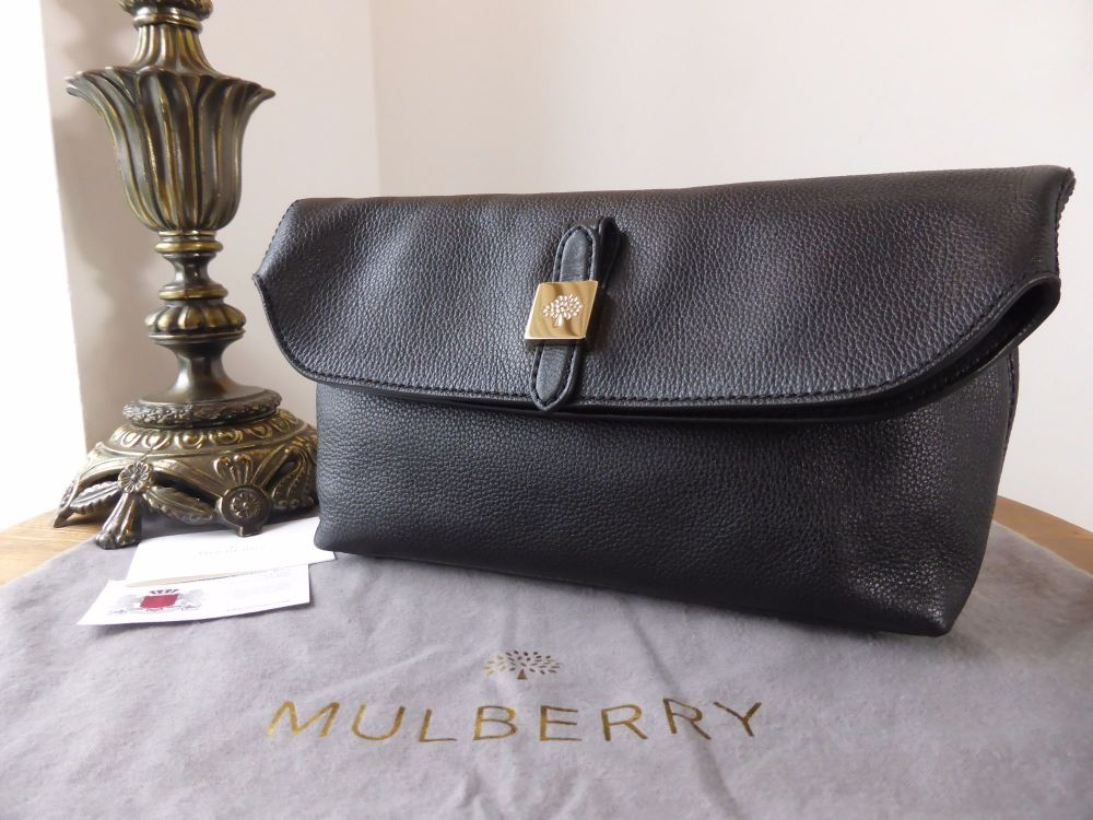Mulberry Tessie Clutch in Black Small Soft Grain Leather
