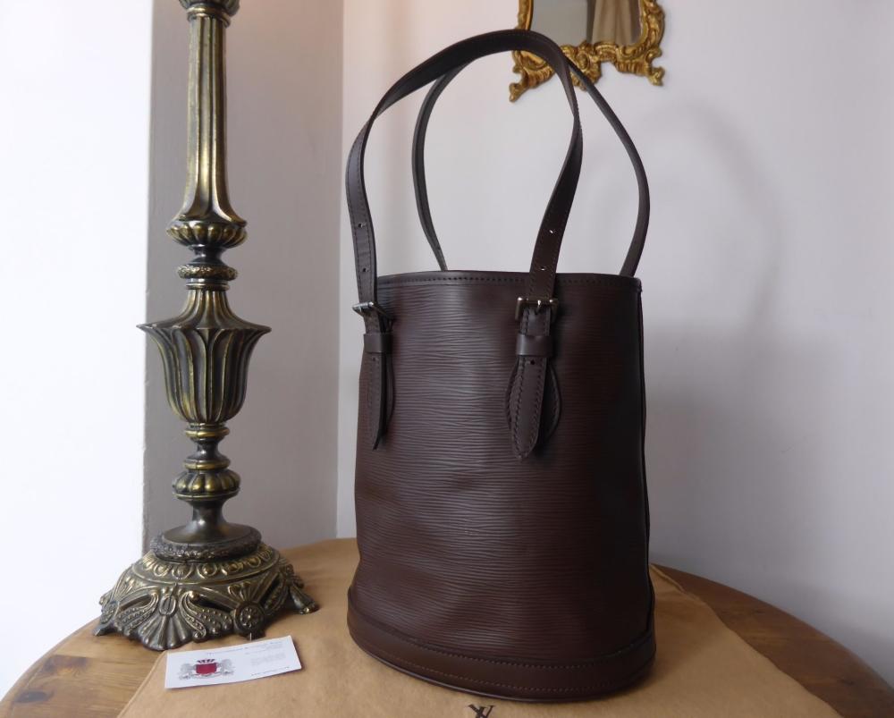 Louis Vuitton Vintage Petit Marais Bucket Bag PM in Epi Mocha