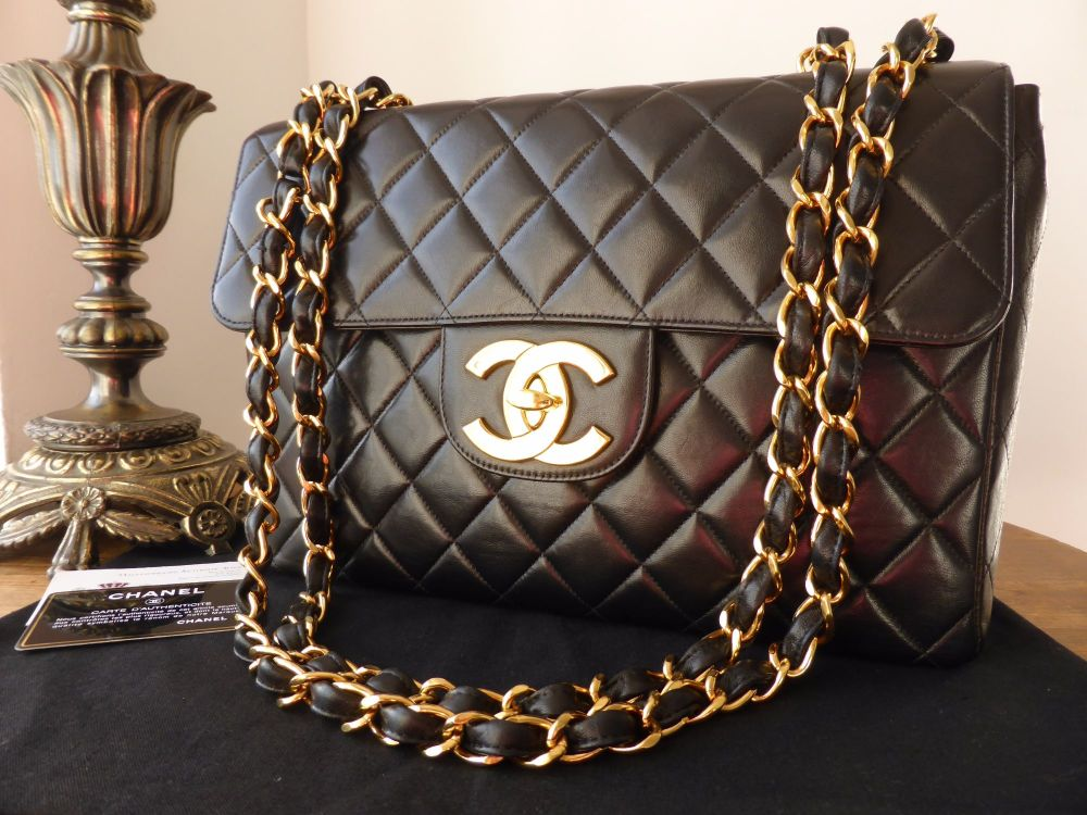 Chanel Vintage Jumbo Single Flap Bag in Black Lambskin with Gold Hardware