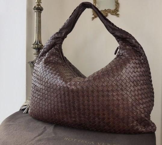 Bottega Veneta Maxi Hobo in Ebano Textured Intrecciato Lambskin