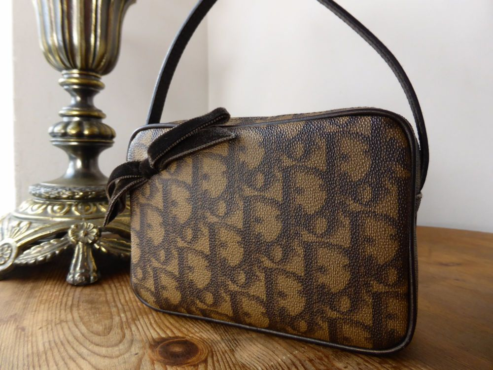 Dior Romantique Bow Mini Pochette