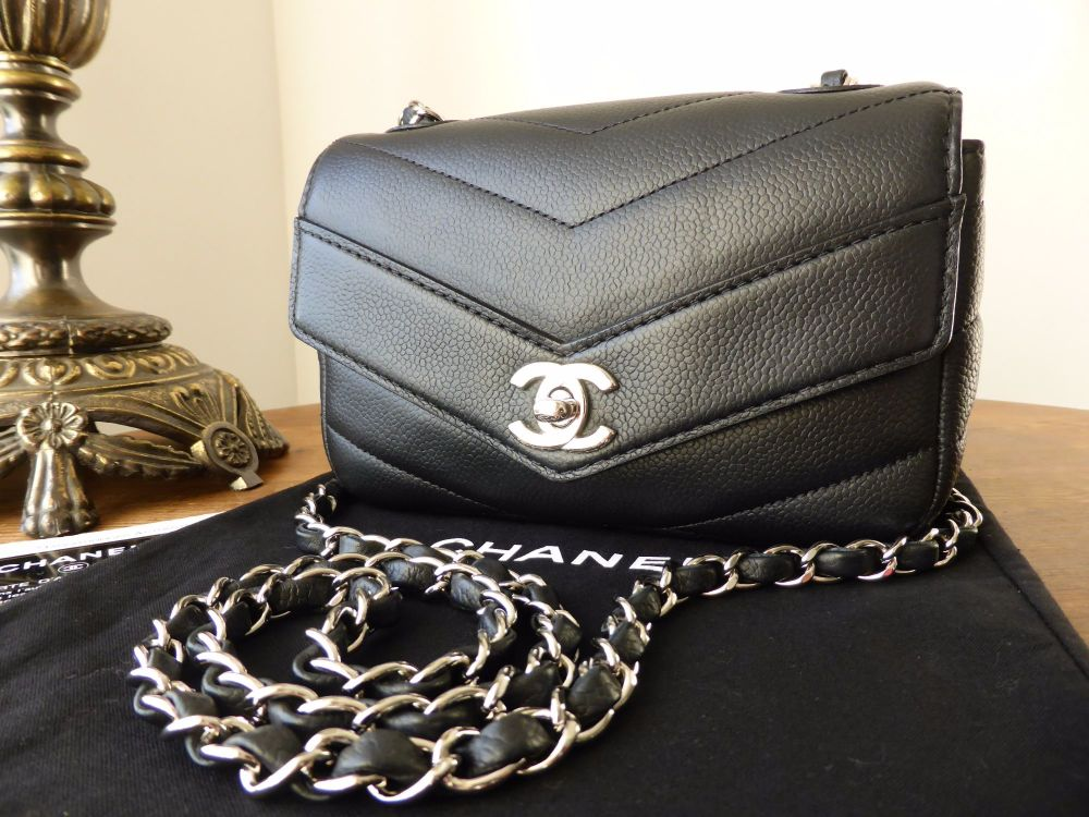 Chanel Small Chevron Flap Bag in Black Matte Caviar Leather - As New
