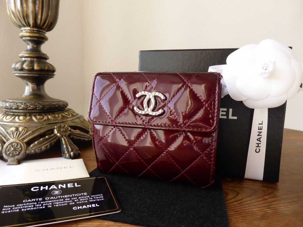 Chanel Bifold Compact Wallet Purse in Quilted Bordeaux Patent Leather
