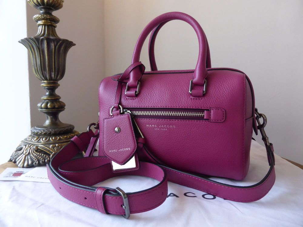 Marc Jacobs Small Recruit Bauletto in Wild Berry Pebbled Leather