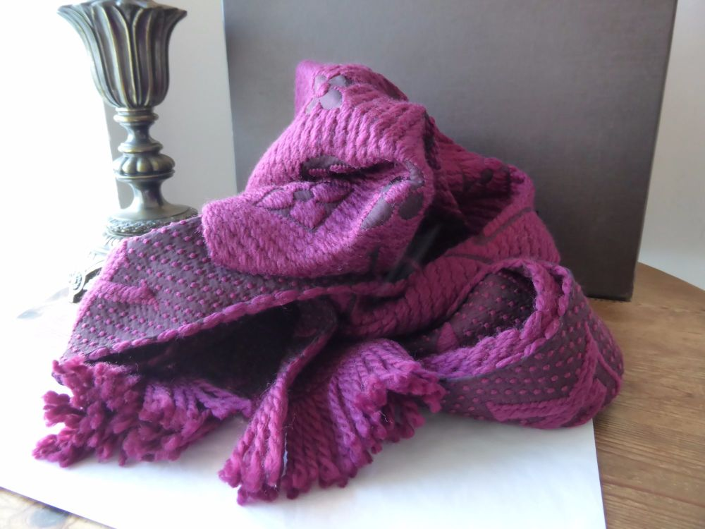 Louis Vuitton Logomania Scarf in Cerise - As New