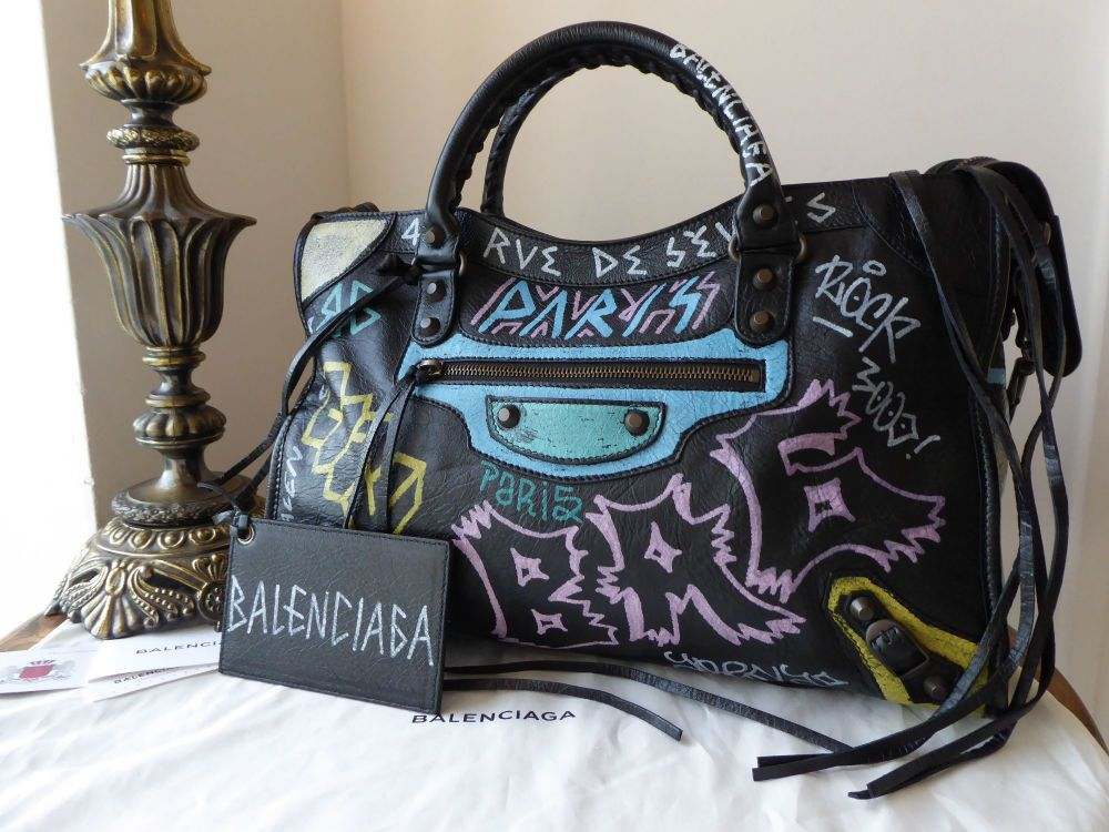 Balenciaga Graffiti Classic City - New
