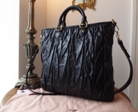 Miu Miu North South Shopper Tote in Nero Matelasse Lux