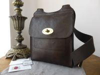 Mulberry Smaller Sized Classic Antony in Chocolate Natural Leather