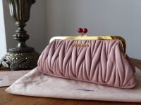 Miu Miu Matelasse Framed Kiss Lock Clutch Contenitore in Orchidea Lambskin - New*