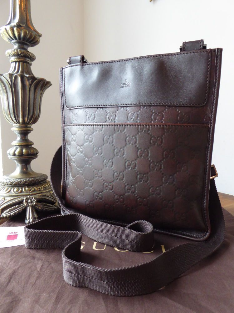 Gucci Flat Messenger Cross Body Bag in Chocolate Guccissima Leather