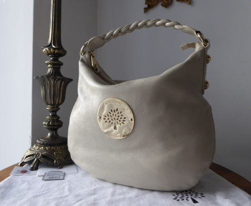 20ffdc29677f Mulberry Daria Medium Hobo in Pear Sorbet Soft Spongy Leather ...