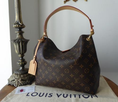 9478b6ddf883 Louis Vuitton Graceful PM in Monogram - SOLD