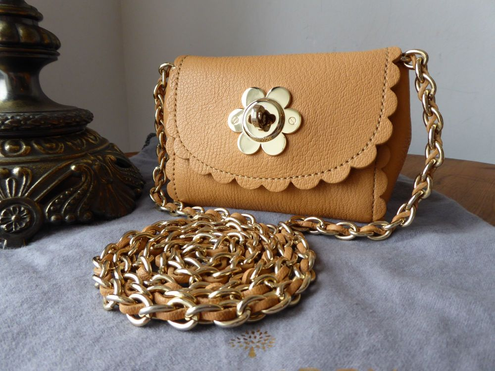 Mulberry Flower Lock Mini Cecily in Biscuit Brown Glossy Goat