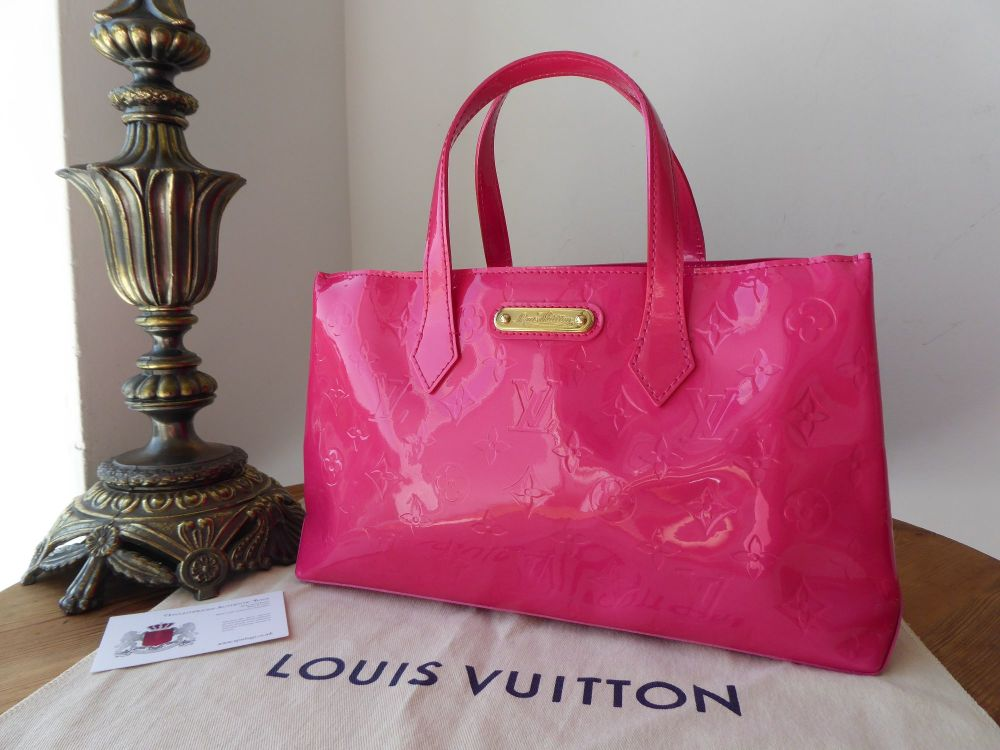 Louis Vuitton Wilshire Boulevard PM in Rose Pop Monogram Vernis