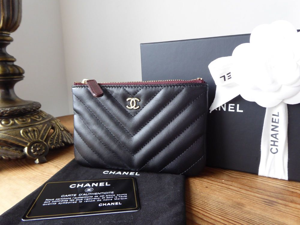 Chanel Small Zipped O Case Pouch in Black Chevron Quilted Lambskin with Cha