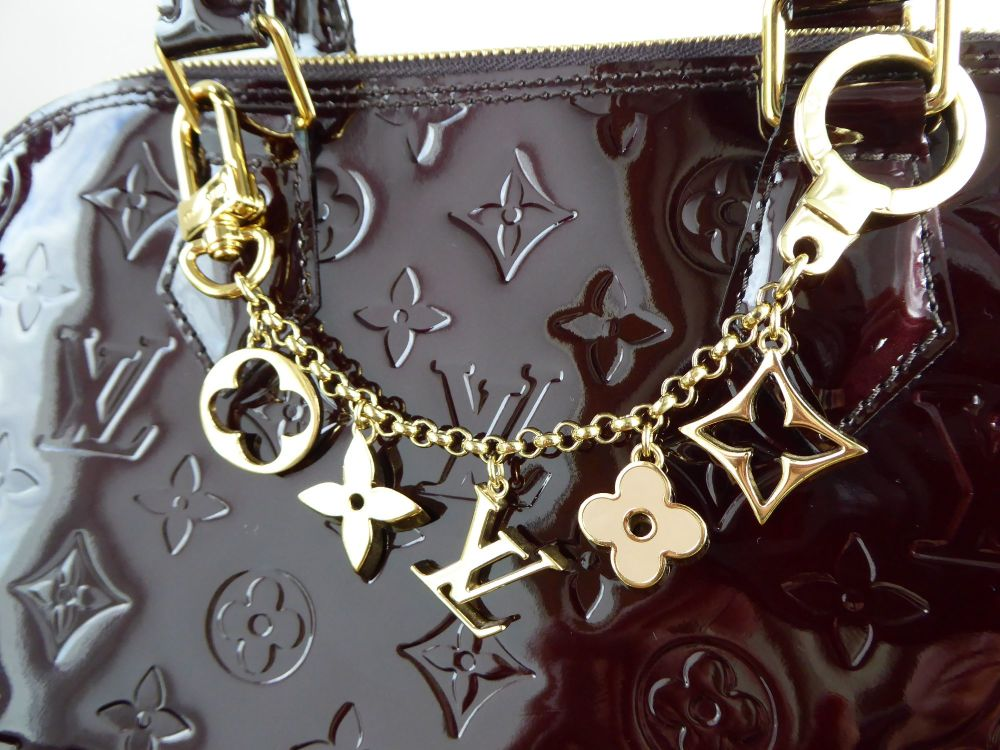 0fd8a376 Louis Vuitton Fleur de Monogram Chain Bag Charm - SOLD